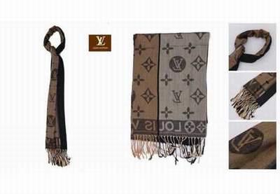 a8e38ed6ce2 Echarpe Louis Vuitton Femme Noir